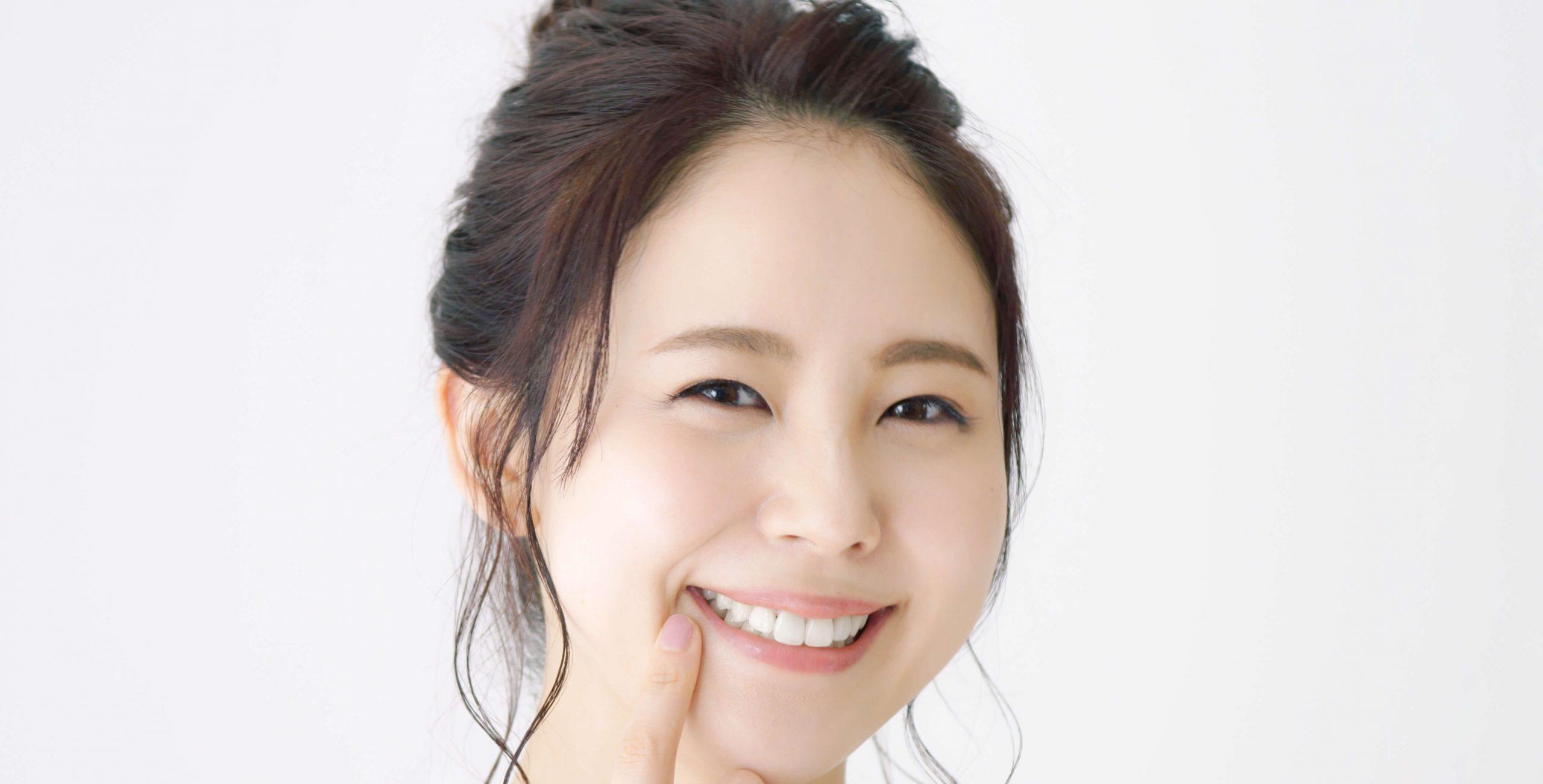 【保存版】歯茎が変色する原因と適切な治療法|大阪市天王寺の歯科医院ヤスデンタルクリニック